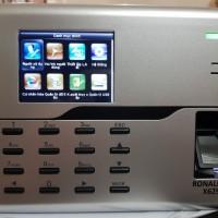 Máy chấm công ZKTECO UA860 có WIFI có pin lưu điện