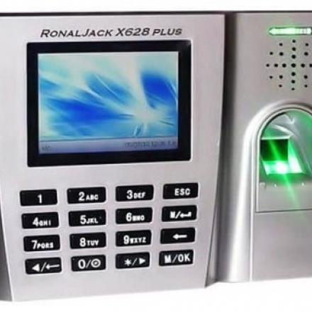 Máy chấm công vân tay và thẻ cảm ứng Ronald Jack X628Plus
